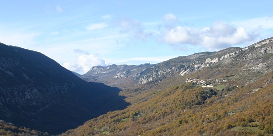 The village of Gréolières in the valley