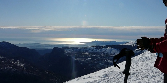 From the summit you can enjoy the view on the mediterannean sea in Greolieres les Neiges